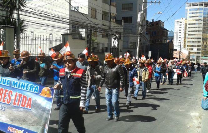 Bolivia está atravesando un proceso de deterioro en su economía, según analista   Radio Panamericana