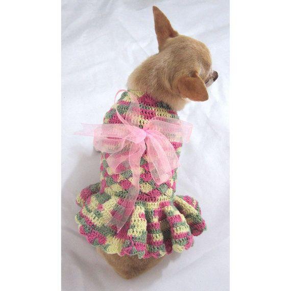 Pequeño perro vestidos moda volantes taza de té por myknitt en Etsy