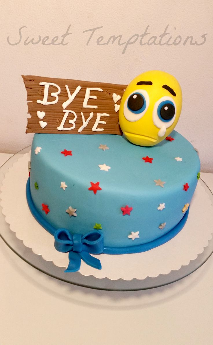 Farewell Cake - Cake for farewell filled with vanillasponge and creamcheese with tangerines. Smiley is made of fondant and gumpaste.