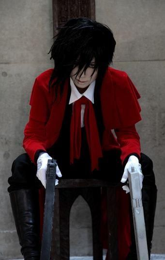 (Alucard of Hellsing.) I think I died n went to hell! N Im in love!!!!