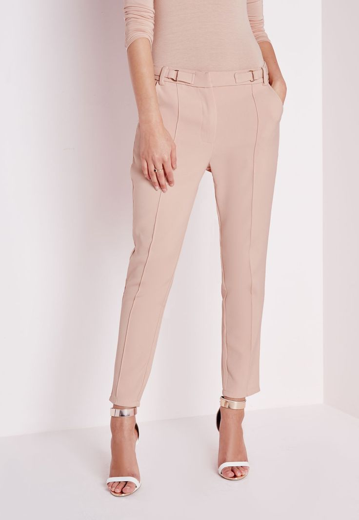 Missguided - Tailored Pleat Front Pants With Belt Detail Camel