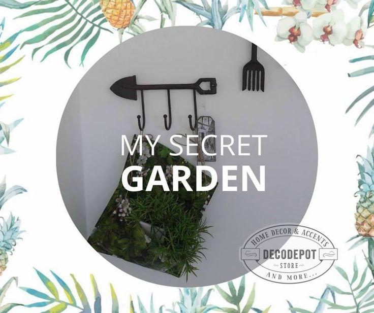 Lopăţică tip cuier şi greblă. Garden hanger. Shovel type. Rake type. Garden. Decorations. Braşov.