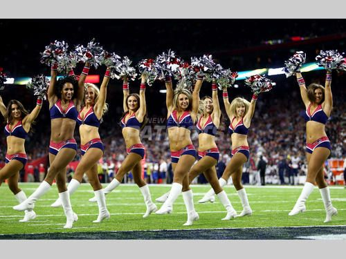 Patriots Cheerleaders Perform at Super Bowl LI!