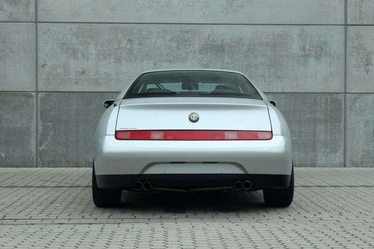 116 best images about alfa romeo gtv 916 on pinterest for Garage auto evo milizac