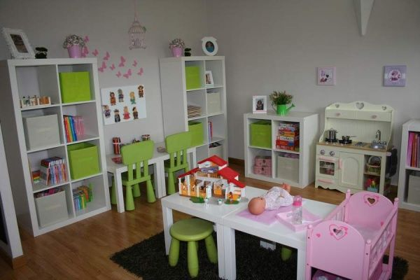 j'aime les petits bureaux!                                                                                                                                                     Plus