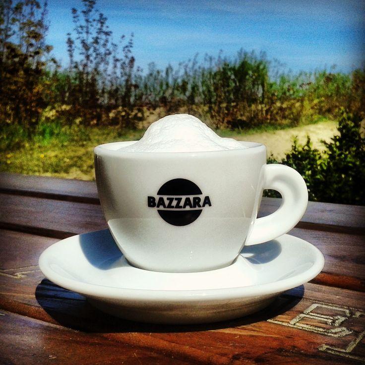 Nothing is better than a morning coffee at the Polish seaside. / Nie ma nic lepszego niż poranna kawka nad polskim morzem.