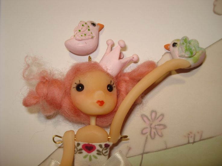 muñeca porcelana fría.
