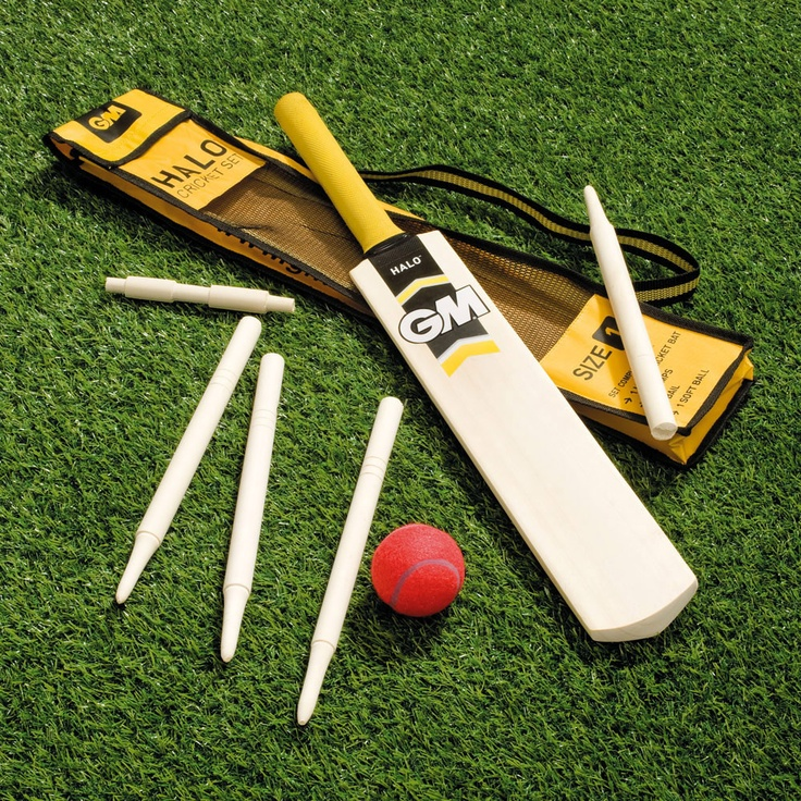 Child's Size 1 Cricket Set - Kids will love the authentic feel of this cricket set, but the lightweight ball and the size of bat make it an ideal starter set.  gltc.co.uk