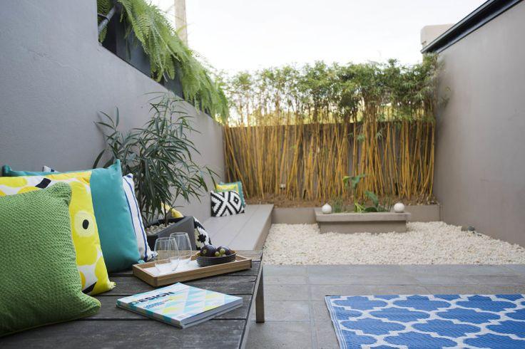 Colourful relaxed garden