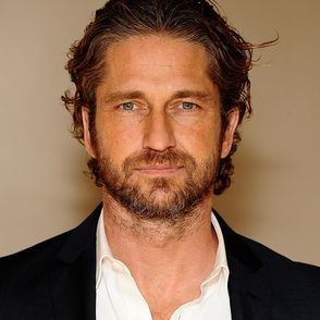 Gerard Butler. Obviously, the reason I'm dragging cousin to Scotland in effing January.