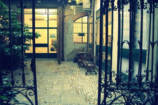 il romantico cortile di Freedot