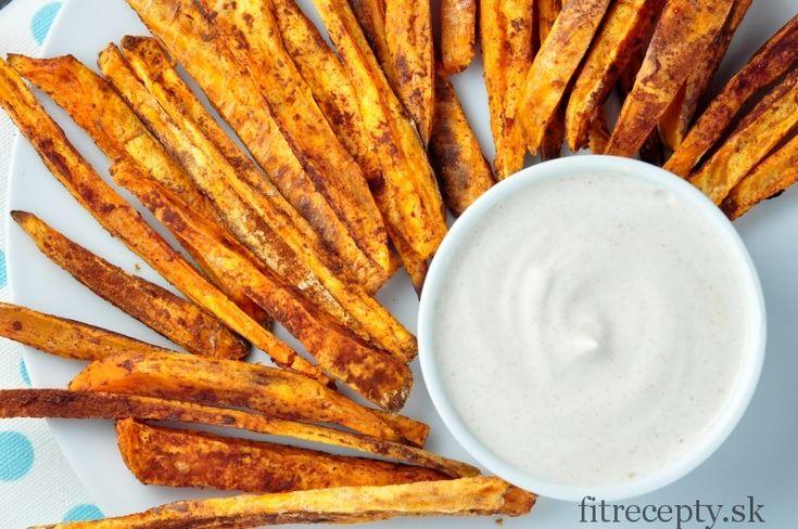 Škoricové hranolky zo sladkých zemiakov s vanilkovým krémom - FitRecepty