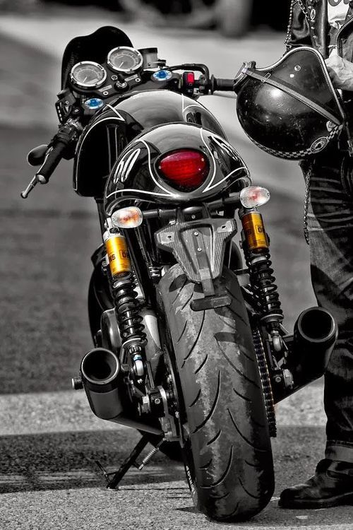 1555 best images about motorcycle on pinterest yamaha r6 for Garage custom moto