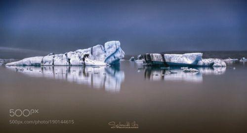 Gletscherlagune in Island by urs-schmidli  Eisberge Eisblöcke Island Gletschersee Fjallsárlón Gletscher Lagune Gletscherlagune in Island urs-sc