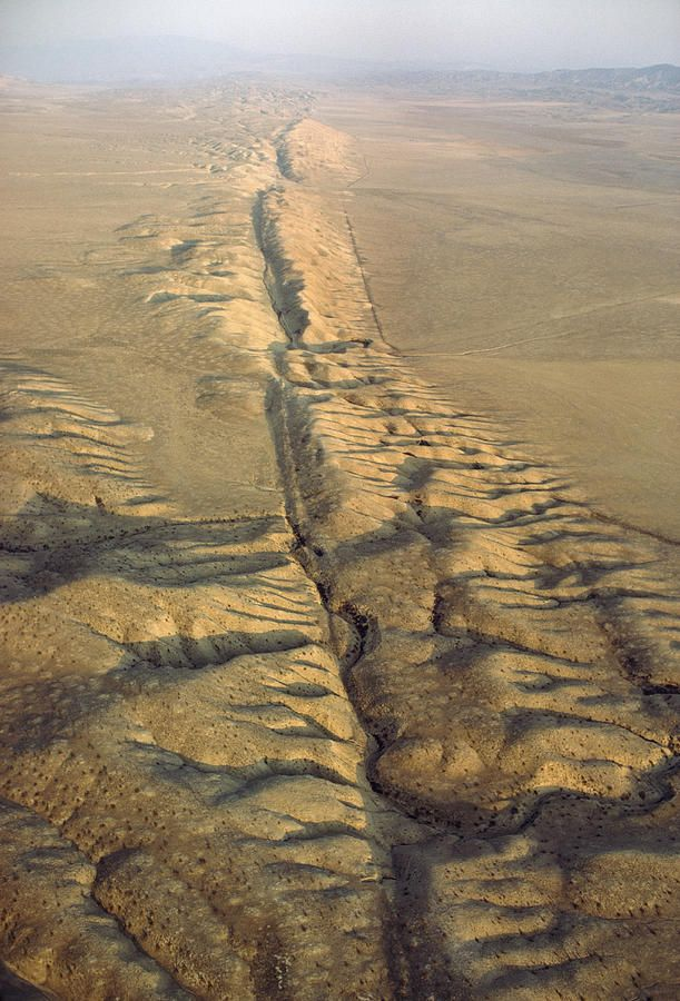 """the san andreas fault and its Extreme science: the san andreas fault  that tries to address the huge risk facing the city if there was an earthquake along the san andreas """"it is."""