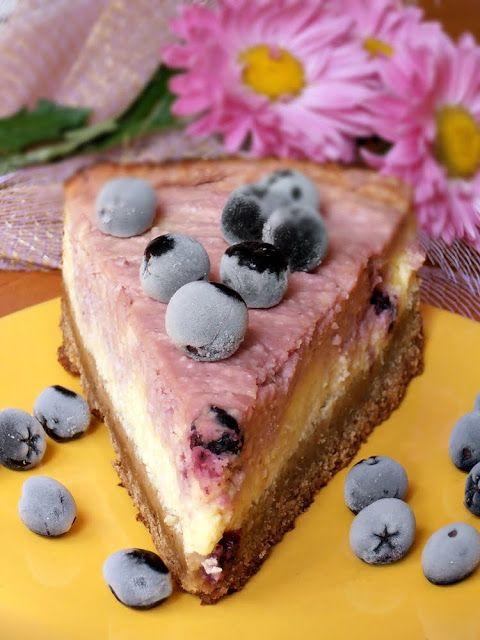 Cheesecake cu afine   CAIETUL CU RETETE