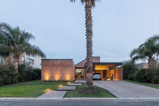 Vivienda en san marino funes hills casa casas casas for Casa minimalista harborview hills