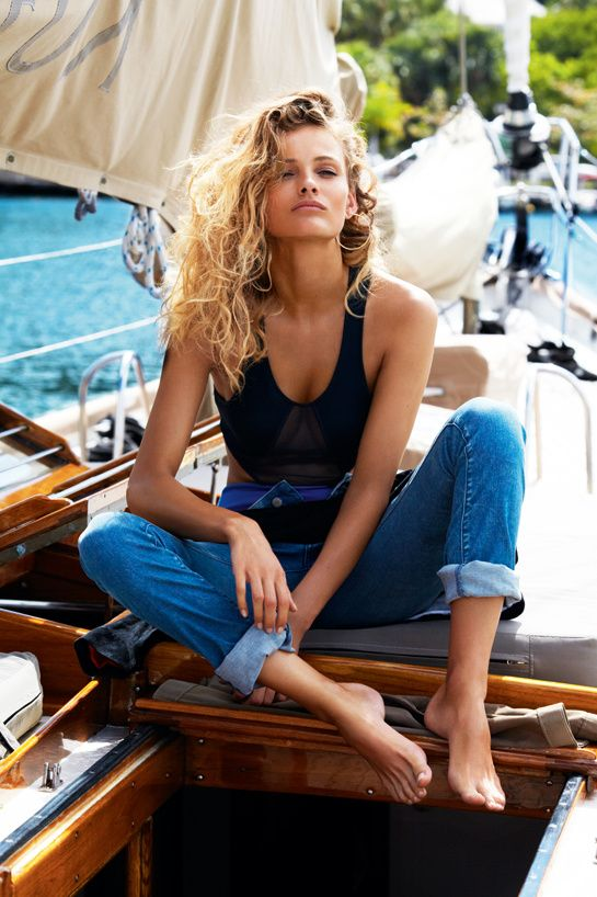 Edita Vilkeviciute works jeans for photographer Gilles Bensimon in the Calme blanc editorial for Vogue Paris May 2013.
