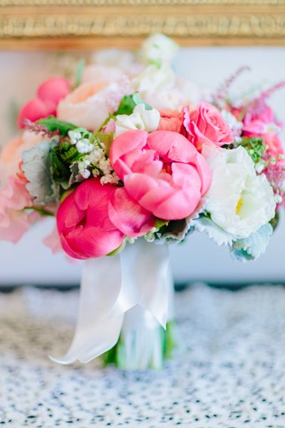 http://iloveswmag.com/newblog/wp-content/uploads/2013/08/southern-wedding-coral-charm-peony-bouquet.jpg