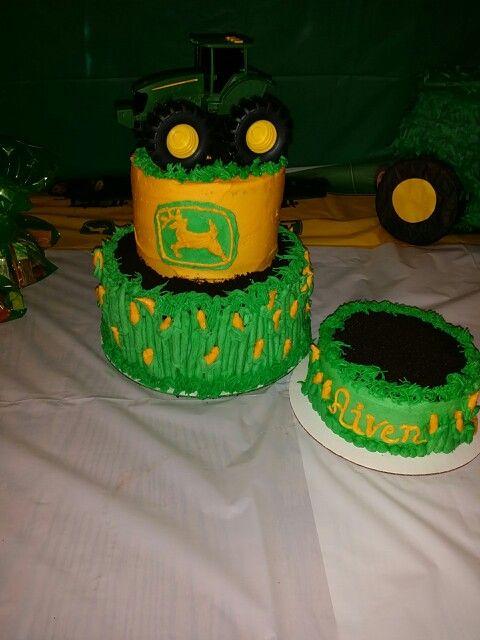 Buttons cake | Button cake, Cake, Birthday cake