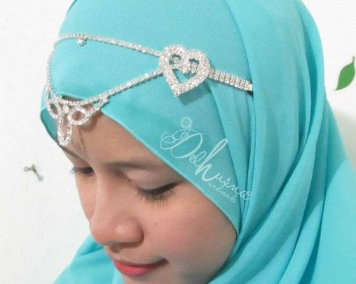 Headband Jilbab atau Hippie  Hiasan hijlbab cantik untuk dahi  populer dikalangan muslimah   #hijabfashion #hijabheadband #headbandjilbab #jualheadband #headbandhijab #hijabee #hijabi #hijabqueen #hippie #hijabstyle #hijup #handmade #hiasandahi #headpiece #headpieceindia #hiasandahi #indianheadpiece #handmadejewerly #jewerly #jewels