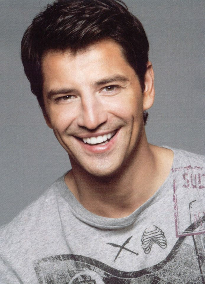 SAKIS - Sakis Rouvas Photo (5399621) - Fanpop
