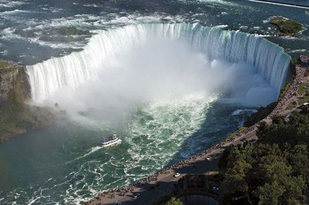 Located 1 hour from The Ritz-Carlton, Toronto, the famous Niagara Falls are a must-see attraction while visiting the area. Beautiful both in the day & at night, guests can explore the falls from land and also from the water.