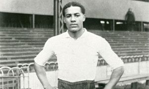 Walter Tull, the first black officer in the British army, to feature on £5 coin