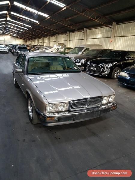 1987 Jaguar XJ6 Gold Automatic A Sedan #jaguar #xj6 #forsale #australia