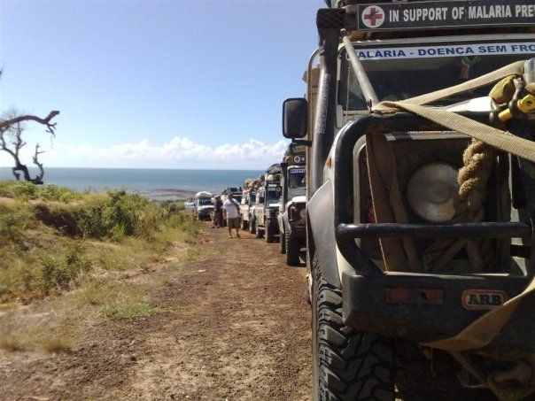 2008 Outside Edge expedition - Land Rover dominated convoy