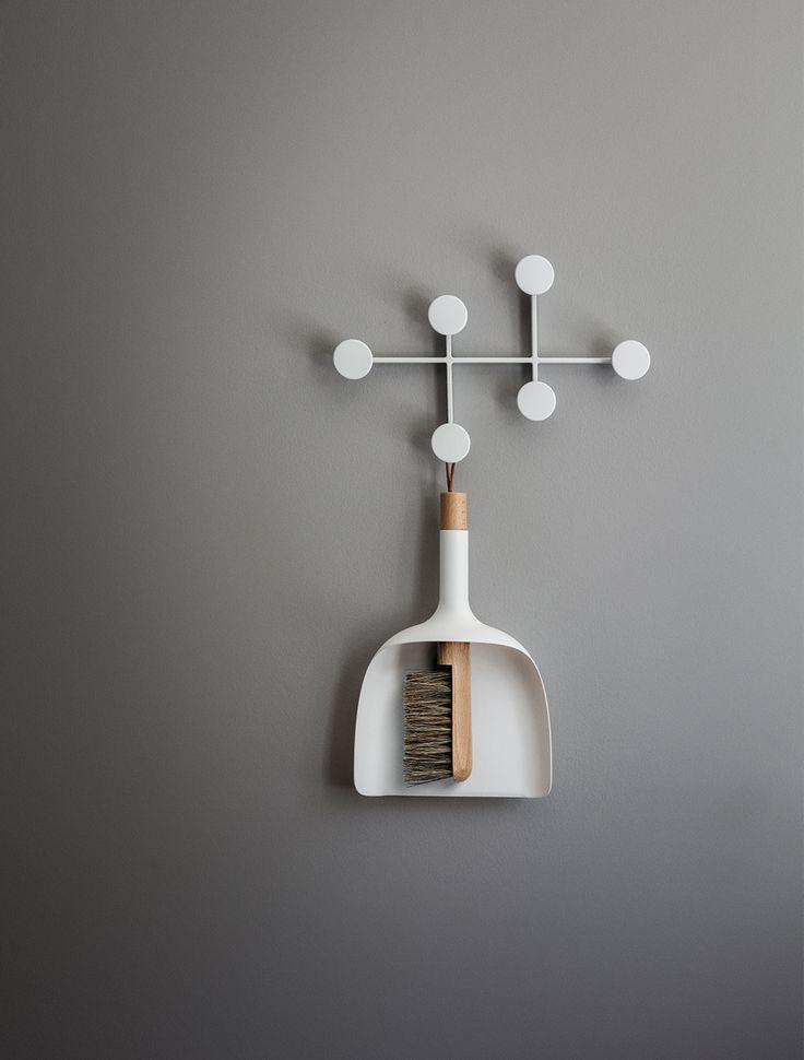 Sweeper Design by Jan Kochanski Afternoon Coat Hanger, White Afternoon