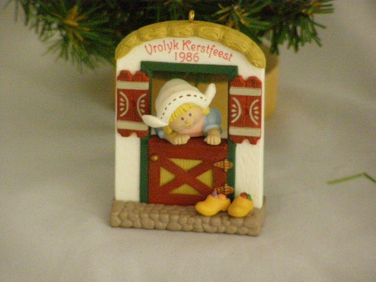 1986 Windows of the World #2 Vrolyk Kerstfeest Hallmark Ornament by parkie2 on Etsy