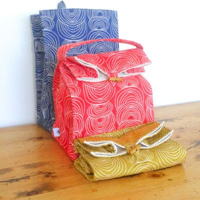 Happy Lunch Bag - washable lunch bag made from GOTS certified organic cotton handmade by Pip Pottage Designs NZ$47