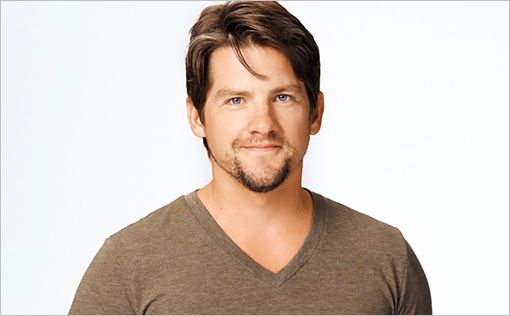 Zachary Knighton is a WP artist alum! The actor, who is probably best known for his role as Dave Rose in HAPPY ENDINGS, graced the WP stage in the 2003 production of William Wharton's BIRDY.