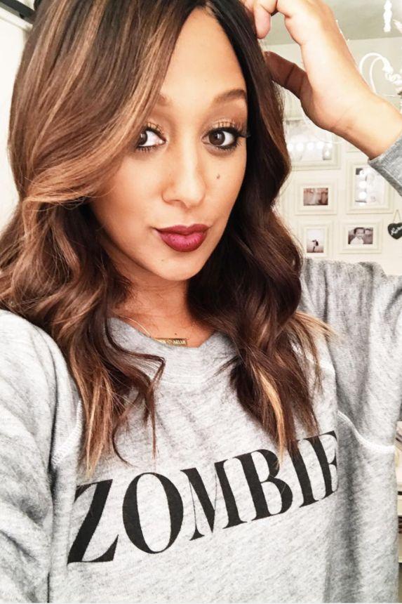 Tamera Mowry's Stunning Selfies  - Here's Proof That Tamera Mowry Never Takes A Bad Selfie