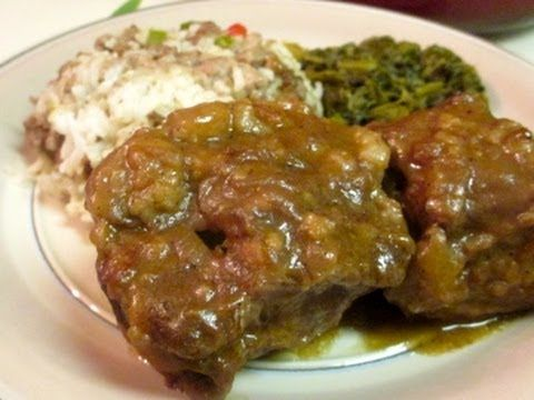 ▶ Smothered Oxtails and Gravy - how to cook oxtails - YouTube