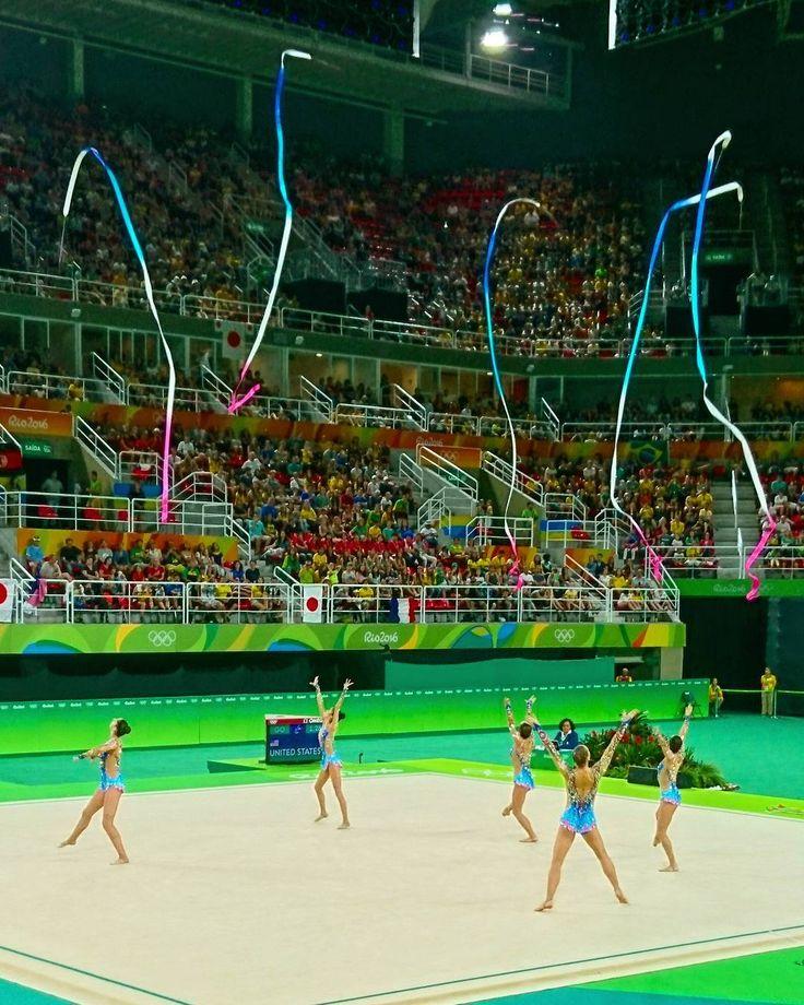 Momento lindo dos Jogos Olímpicos: Ginástica Rítmica. Acompanhem no Snap blogdokadu   #Rio2016 #OlympicGames #EuSouTimeBrasil