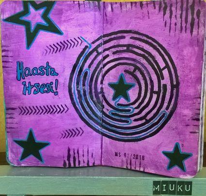 Art Journal. Challenge yourself. Maze. / Haasta itsesi. Labyrintti.