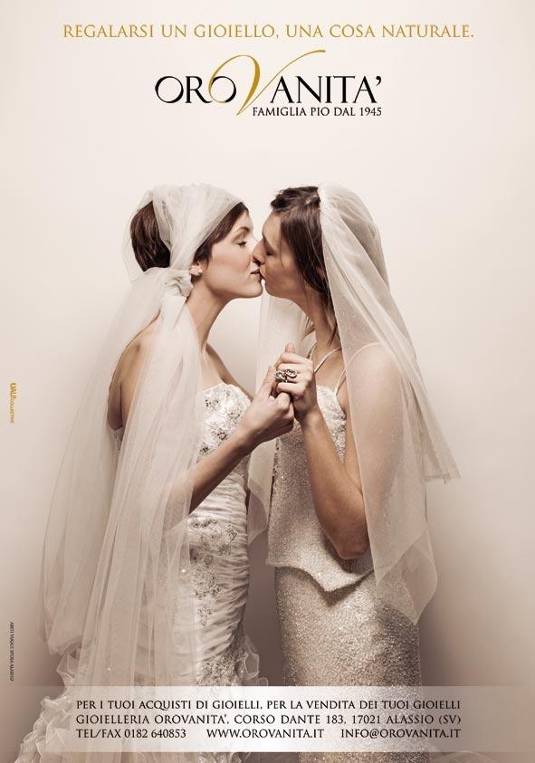 """""""Regalarsi un gioiello, una cosa naturale""""  [una produzione #UAUCollective ]  abiti: Vogue Sposa Alassio  #adv #OROVAN2013 #gioielli #creativita #fashion #pubblicità"""