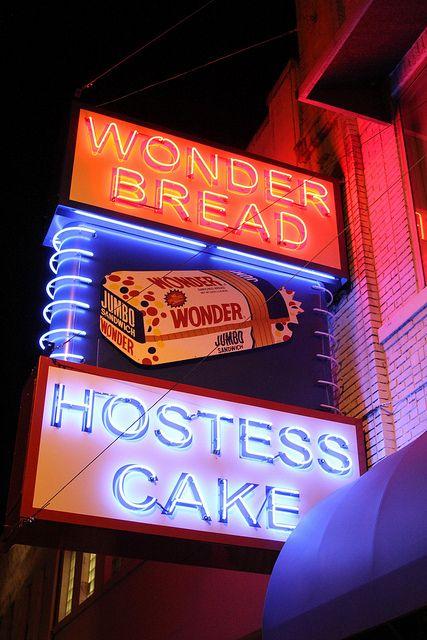 Wonder Sign at Night...Memphis TN