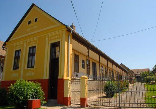 Schwäbisches Haus in Feked/Sváb ház Baranyában...  #ungarndeutsch #svábhollókő #feked #heimat