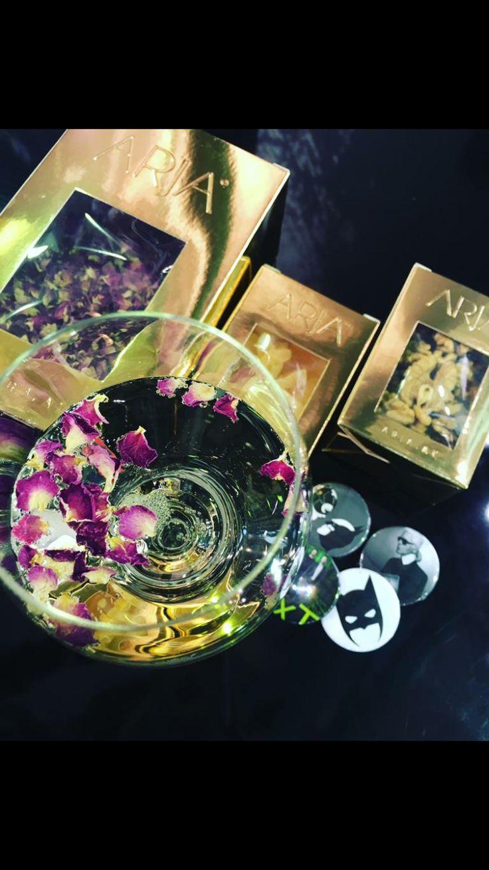 GAST Salzburg  Ein Glas prickelnder Schaumwein mit einer feinen Note der Rose von ARJA! Lust? Halle 7 Stand 0202 Klumaier x Tanner Bis gleich 💚