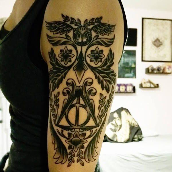 Schau dir dieses Harry Potter Tattoo genau an