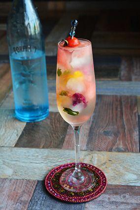 おうちで簡単カクテル Cocktail ラム×ヴェルモット×スイカ×炭酸|レシピブログ