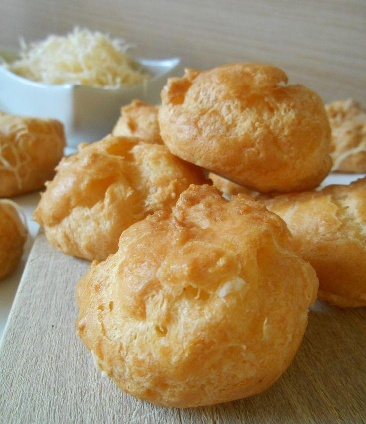 Des petits choux au fromage faciles pour l'apéritif...