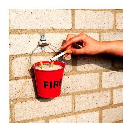 Fire Bucket Ashray, cendrier pompier