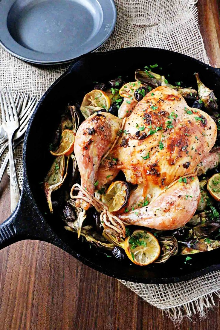 14 Amazing Recipes to Master Cooking With a Cast-Iron Skillet via @MyDomaine