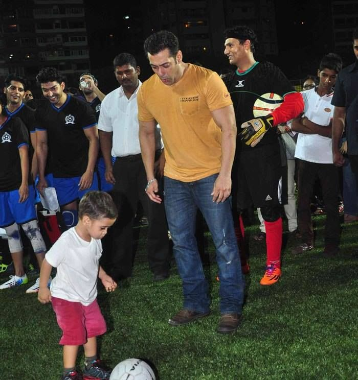 Salman Khan with Amir Khan's son Azad