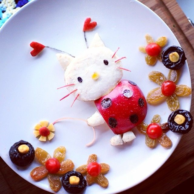 Hello Kitty the ladybug  okie, no more Hello Kitty after this, my daughter complained for having too many Kitty