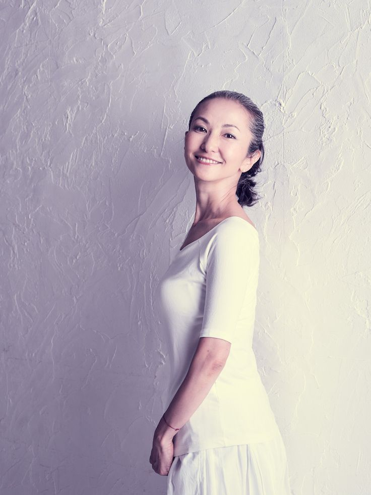 Mayuko Miyahara Grayhair.Style White makes me happy~♡ I love white and gray ♬ #MayukoMiyahara #GrayHairStyle #afternoonoflife